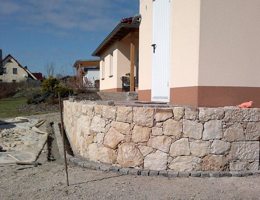 Terrassenstützmauer