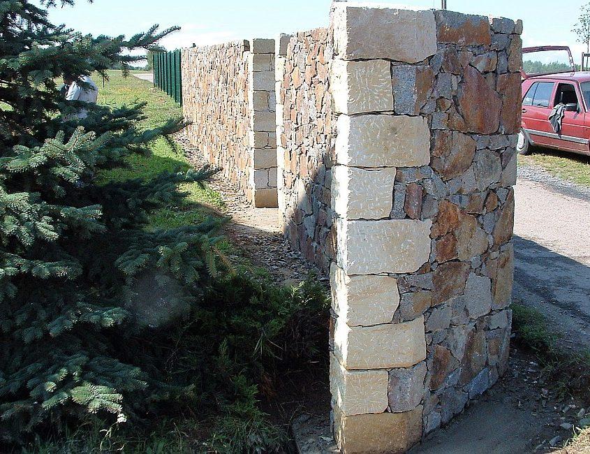 Sichtschutz Naturstein