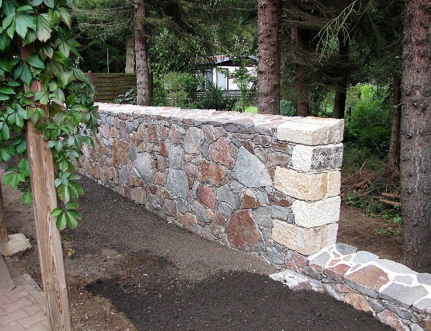 Granitmauer Bruchstein