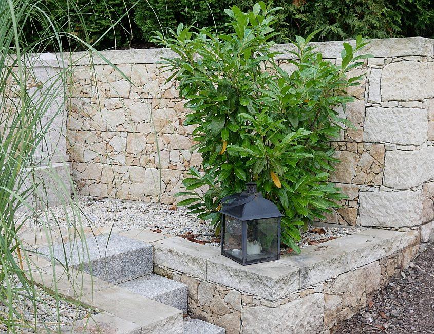 Bau Natursteinmauer