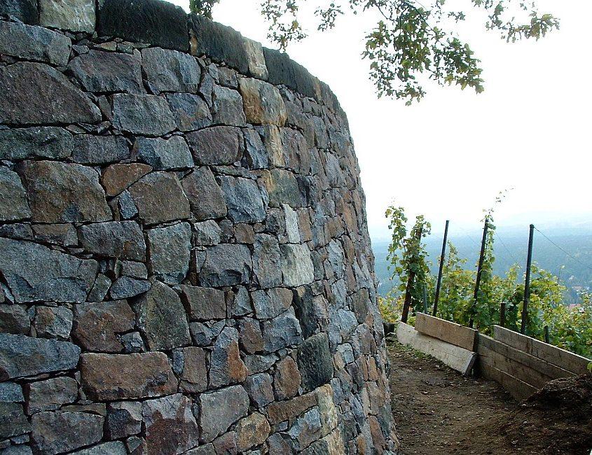 Weinbergsmauer Granit