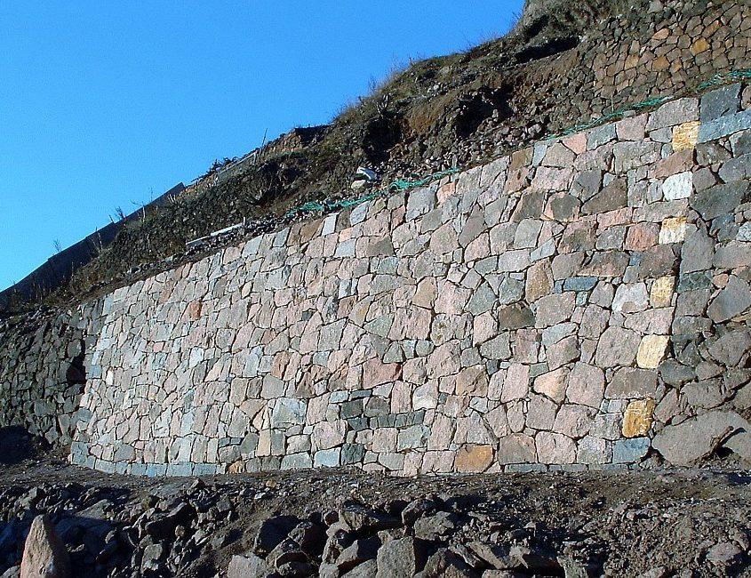 Trockenmauersanierung